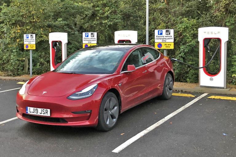 BN TeslaModel3 Supercharger