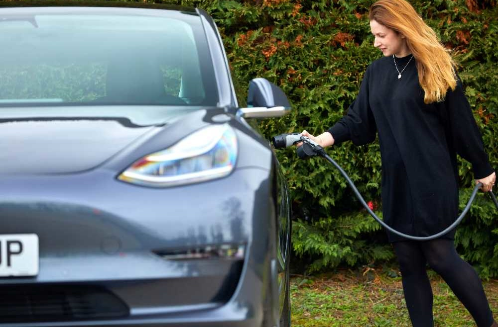 DriveElecric 10 steps to convert fleets to EVs