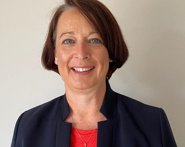 Lesley Slater joins Daimler Fleet Management as cco