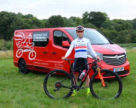 Ben Thompson with Vivaro Tourer Edition Nav Double cab