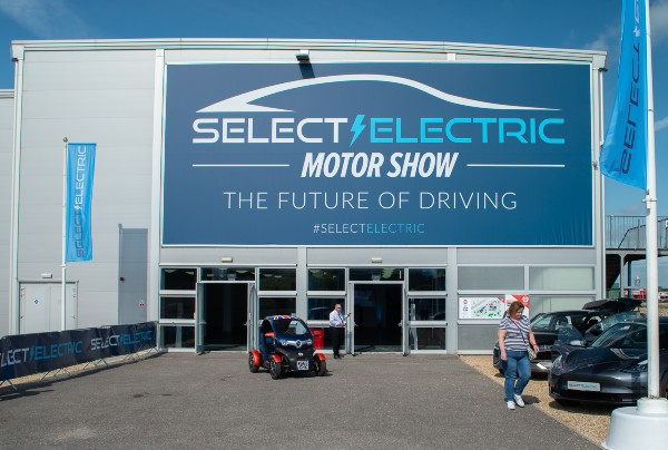 Select Electric Motor Show 600 2